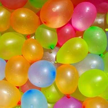 Camping 24x waterballonnetjes/waterbommen voor kids 30 cm met pomp en