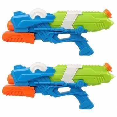 Camping 2x speelgoed waterpistolen met pomp blauw/groen 41 cm kopen