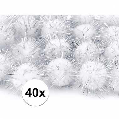 Camping 40x witte decoratie pompons 20 mm kopen