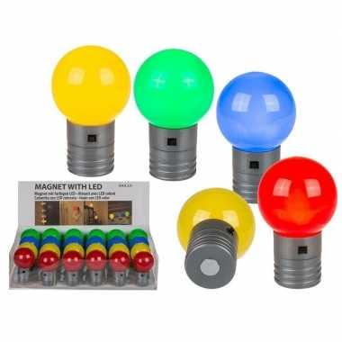 Camping geel magneet led lampje 4,5 cm kopen
