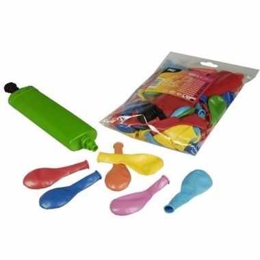 Camping gekleurde party ballonnen met pomp kopen