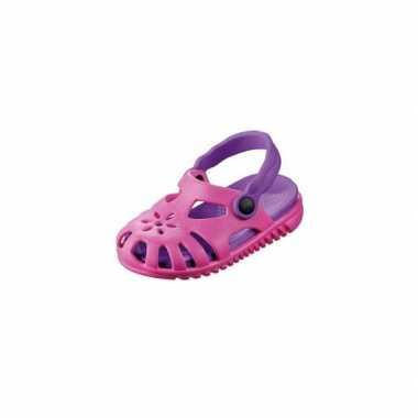 Camping  Roze/paarse kids waterschoen sandalen met bloemetje kopen